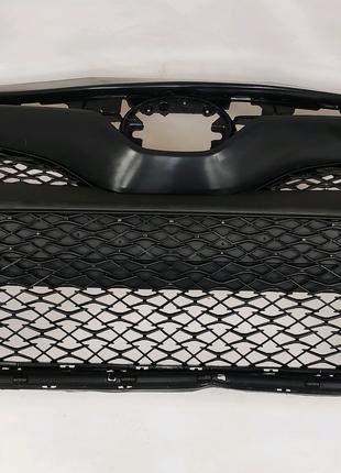Бампер в заборе на Toyota Camry 70 SE (лицензия)