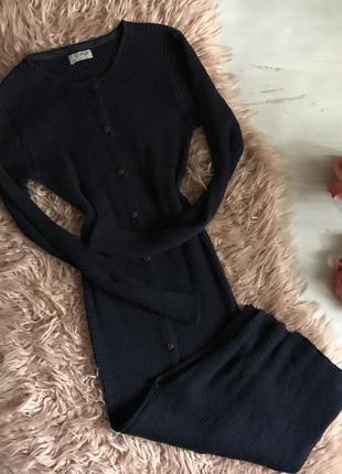 Вязанное платье по фигуре(xs)