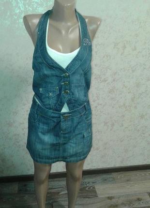 Джинсовый костюм/ комплект (джинсовая юбка и джинсовая жилетка...