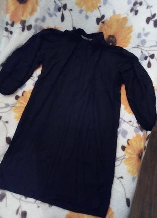Трендовое летнее платье zara с широким оригинальным рукавом.