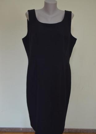 Классическое брендовое черное платье базовая вещь