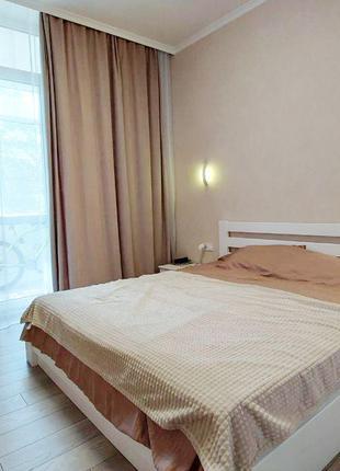 1-комнатная (58м) с ремонтом на Французском бульваре Стикон море
