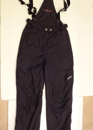 Лыжные штаны с подтяжками из германии.  recco® 40 размер.
