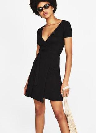 Платье на запах, под пояс, черное базовое