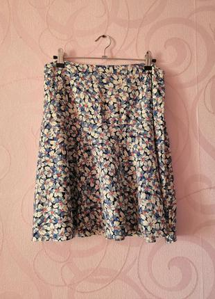 Короткая юбка с цветочным принтом