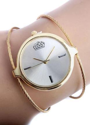 Красивые стильные женские часы браслет