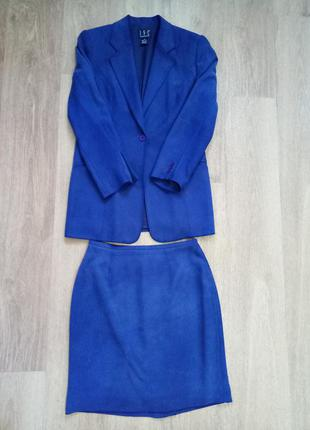 Костюм пиджак и юбка шелк