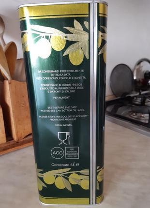Настоящее оливковое масло первого холодного отжима из Италии