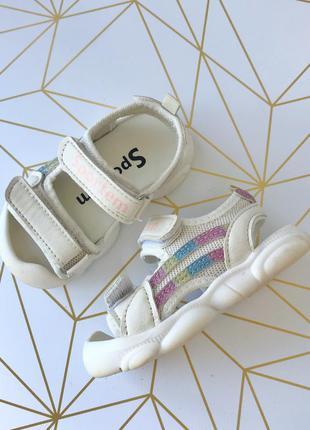 Мягкие удобные босоножки сандали с защитой на липучках