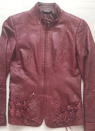 Крутая кожаная куртка ветровка размер xs-s