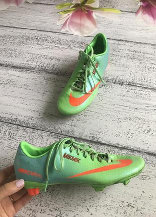 Крутые кроссовки для футбола кеды бутсы копы nike размер 38,5{...