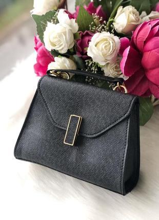 Черная базовая стильная сумка