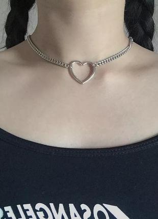 Ожерелье колье чокер цепочка серебристая с подвеской сердце
