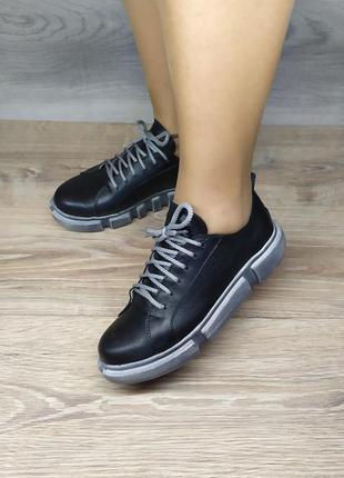Кожаные кроссовки , 36  37 38  39   размера , натуральная кожа