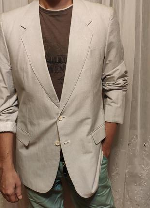 Идеальный клубный мужской пиджак жакет двубортный светлый
