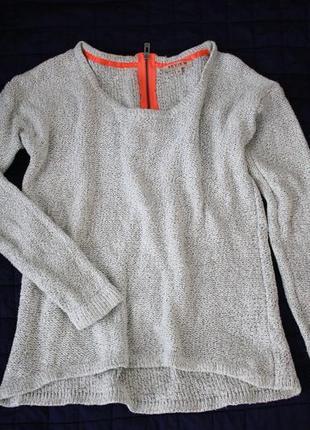 Серый люрексовый свитер с молнией на спинке