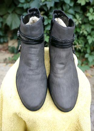 Ботинки. 38р