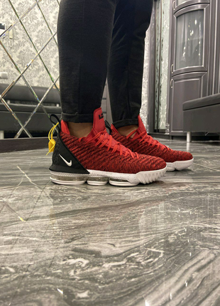 Кроссовки Nike LeBrone Red White 40-45