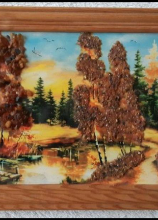 Картина с янтарём в деревянноой рамке