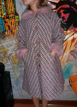 Пальто розовое с меховым воротником SarahLouise