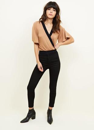 New look.товар из англии. блуза в модном оформлении. на наш ра...