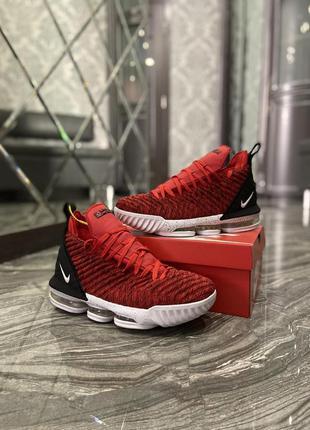 Мужские  кроссовки  nike lebrone 15 red white.