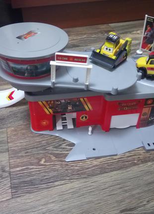 Продам детский гараж-парковку