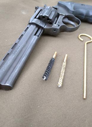 Револьвер под патрон Флобера Сафари РФ461