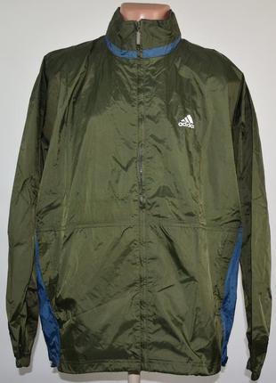 Куртка непромокаемая adidas (m) складывается в карман.