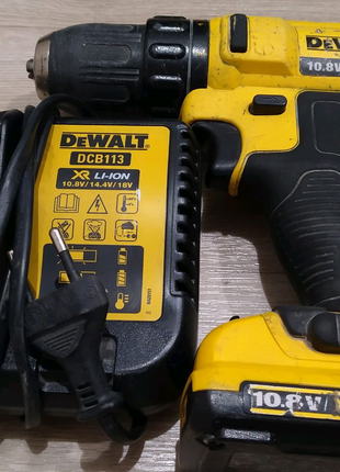 Шуруповерт акумуляторний DeWalt DCD710