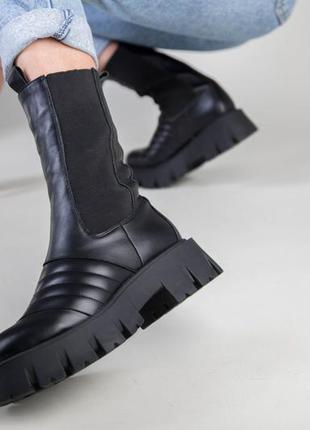 Женские ботинки кожаные челси на платформе прада деми/зима
