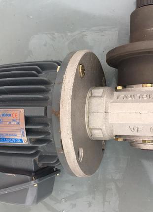 Мотор редуктор Bonfiglioli VF63 понижающий.Почти Новый .
