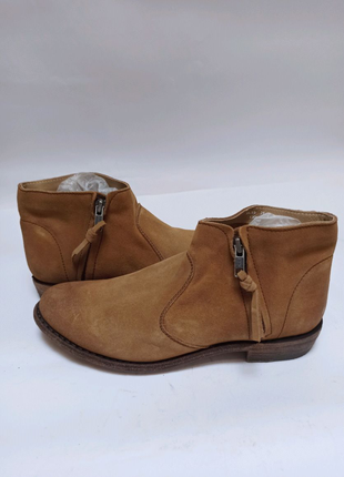 Ботинки blackstone. брендовая обувь stock