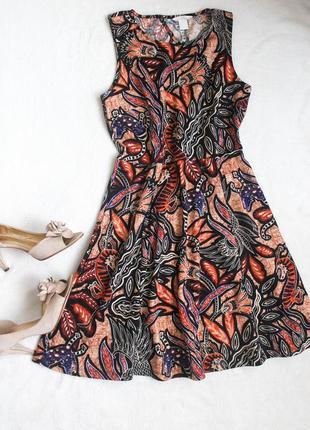 Стильное платье с вырезом на спинке от h&m, размер l
