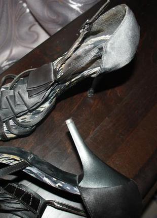 Туфли бомоножки для танцев на среднем каблуке