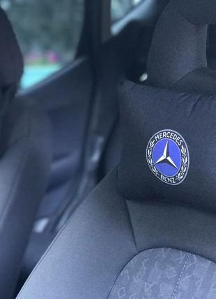 Подушка - подголовник в авто