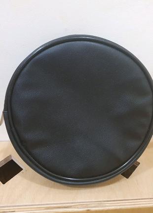Круглая кожаная сумочка