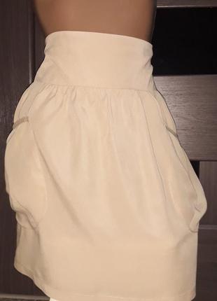 Необычная юбка с большими боковыми карманами zara