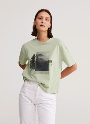 Актуальная хлопковая футболка Reserved