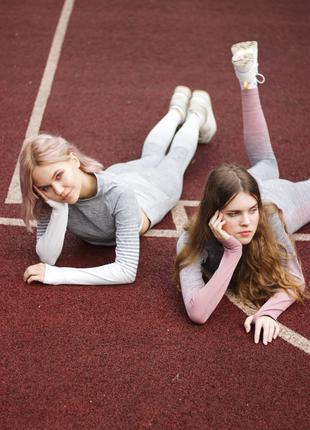 Спортивные костюмы  Топ + Лосины Комплект  для  спорта и йоги