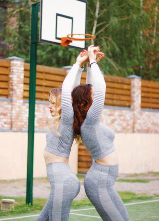 Спорт костюмы для йоги и занятий спортом