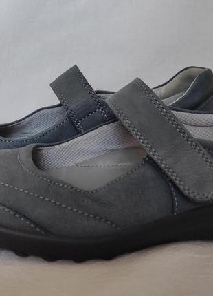 Туфли на липучке hotter. 41