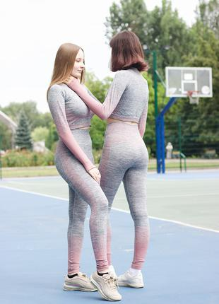 Спортивные костюмы для спорта и йоги