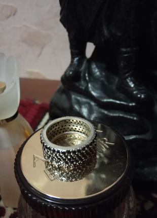 Серебряное кольцо 16,5 размер с черными фианитами