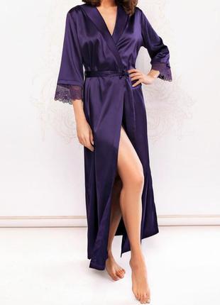 Очень красивый длинный атласный халат из сатина с кружевом на ...