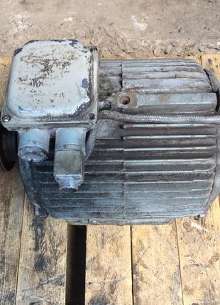 Электродвигатель привода токарного станка с ЧПУ
