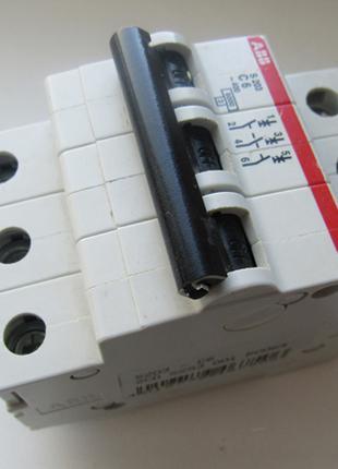 Автоматический выключатель abb s203-c6