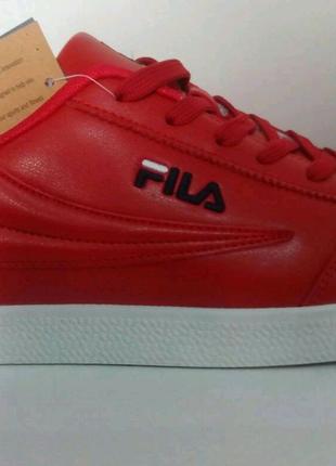 Кроссовки Fila красные