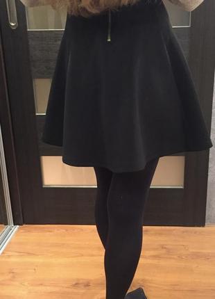 Юбка с высокой талией, расклишенная короткая юбка черная