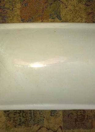 Крышка на бачок сливной унитаза 42,5х22,5 см. Керамика. Белая.